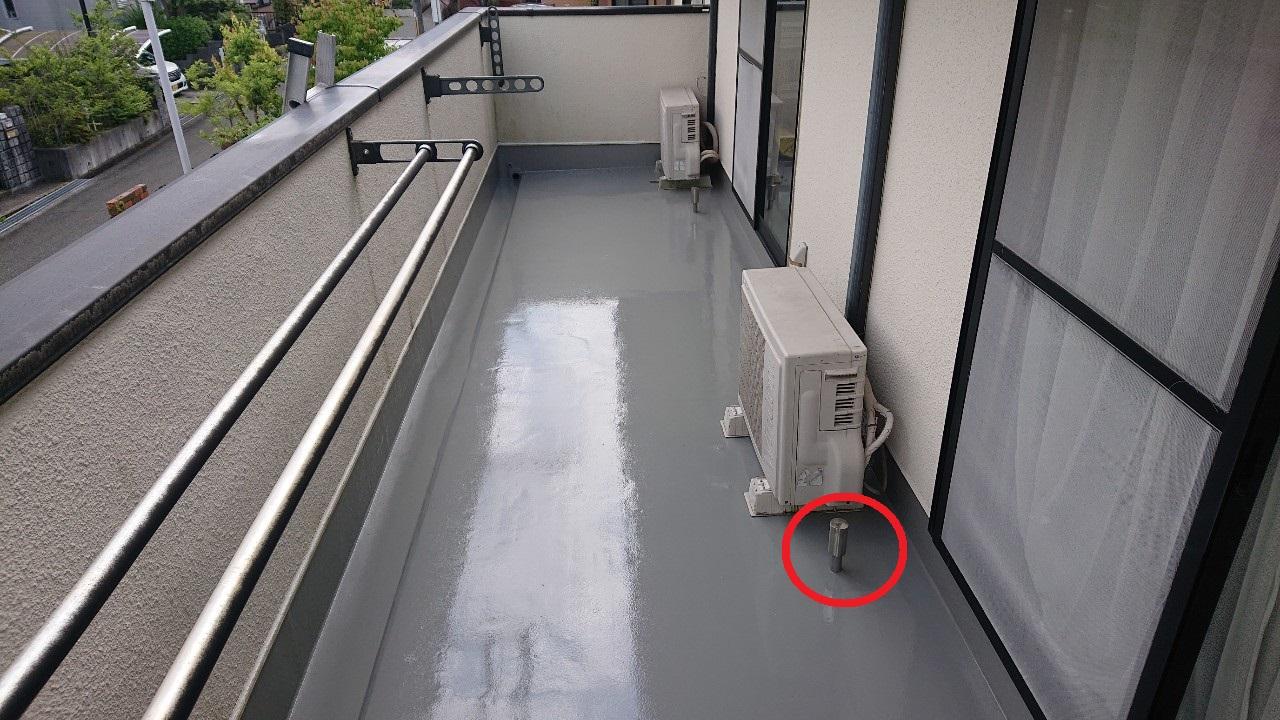 ベランダ床が膨らんだお家のウレタン防水通気緩衝工法が完了した様子