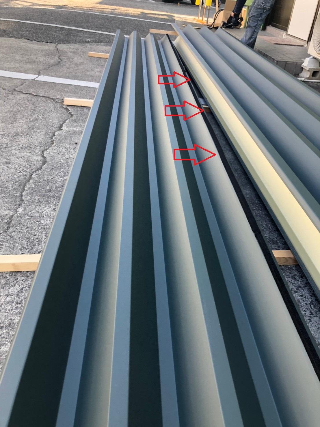 明石市で行った屋根工事で使用した折板屋根