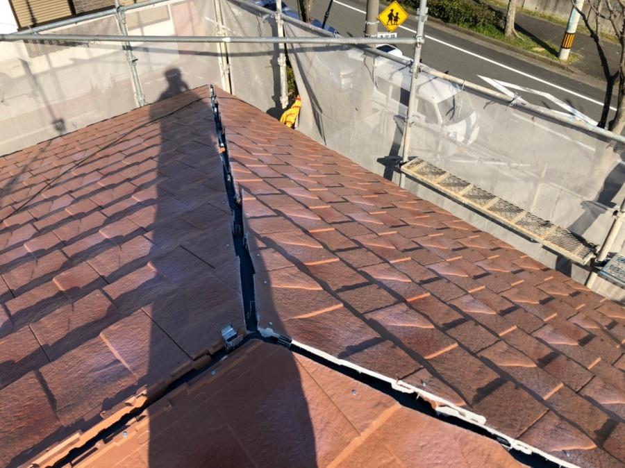 淡路市、屋根葺き替え工事で屋根を葺いた様子