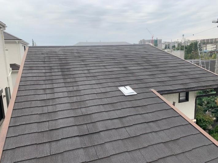 淡路市屋根カバー工法まえの屋根の様子