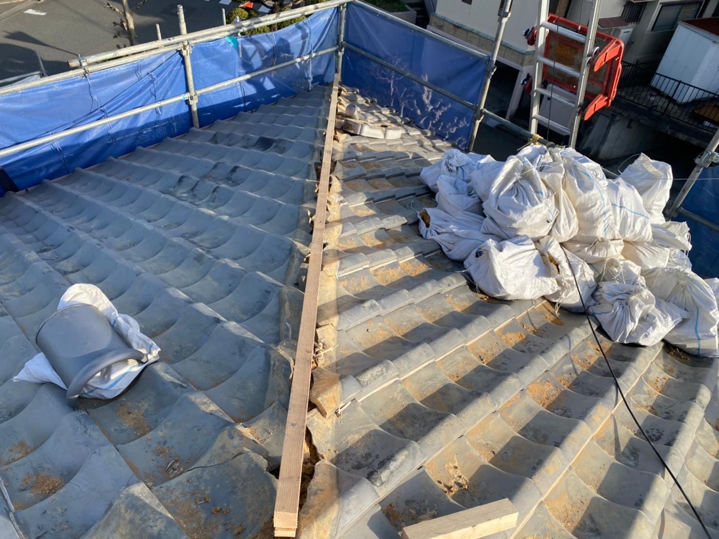 三木市での瓦屋根修理で棟瓦の下地を取り付けた様子