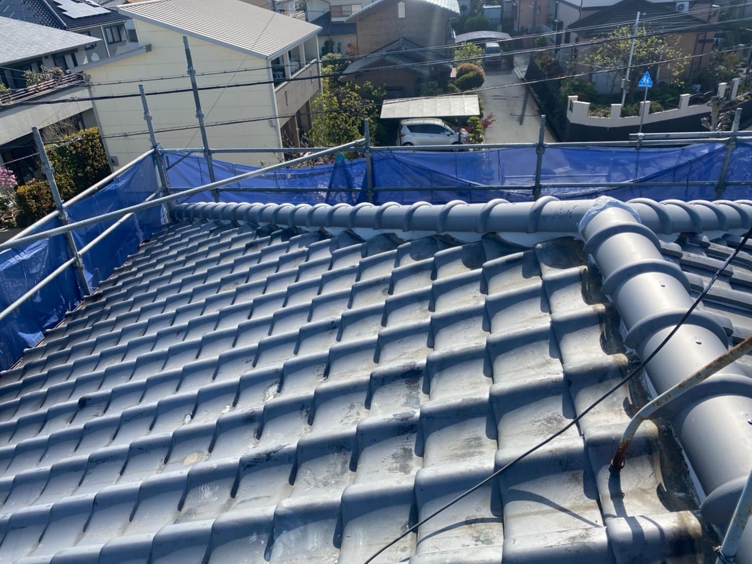神戸市西区での棟瓦積み替えが完了した様子