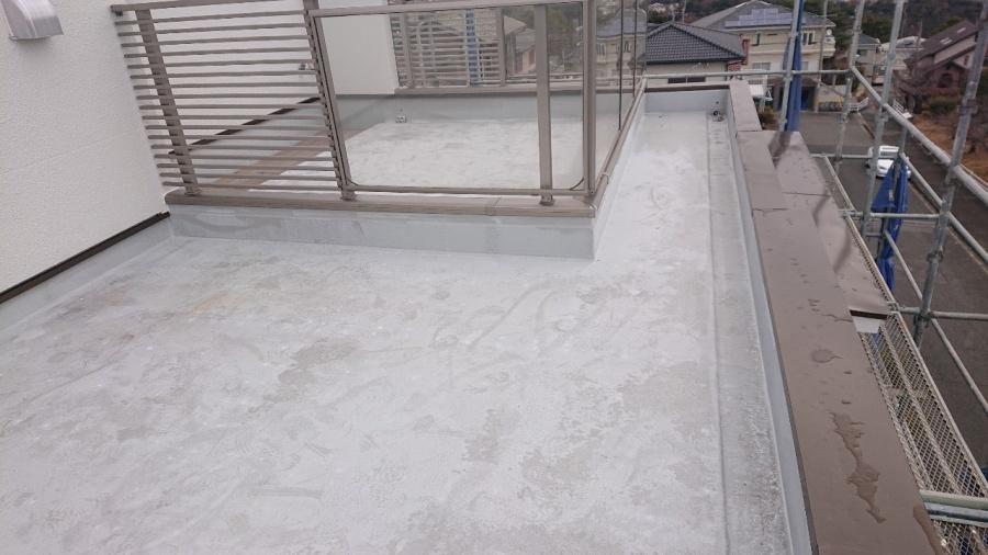 三木市で防水リフォーム工事!屋上、ベランダの防水工事はお早めに