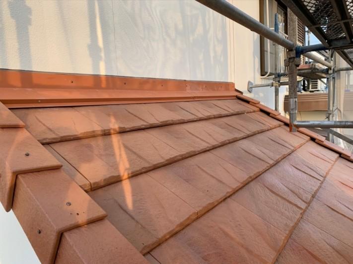 淡路市、屋根葺き替え工事で下屋根施工