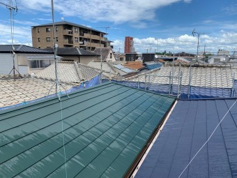 完工後の金属屋根
