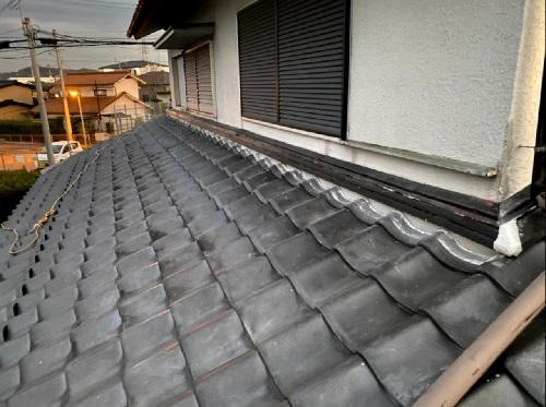 淡路市での瓦屋根修理でのし瓦を新設した様子