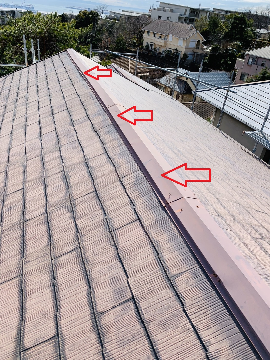 淡路市での屋根台風対策で板金工事を行う前の棟板金