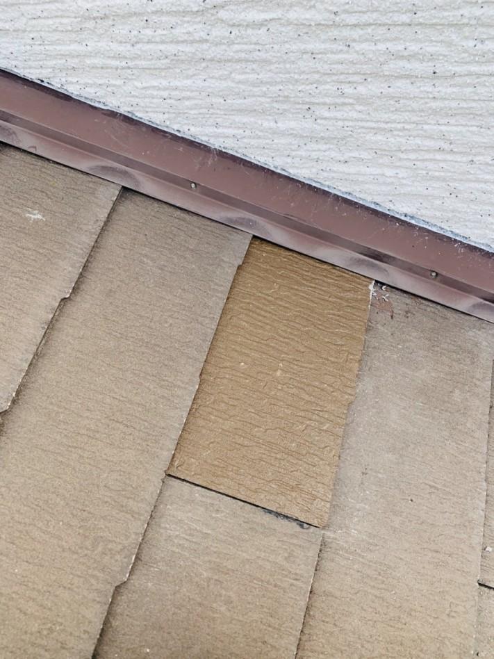 差し替えたスレート屋根の様子