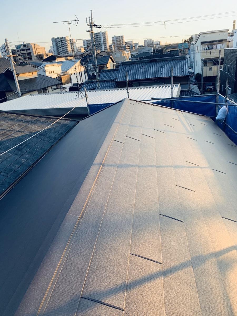 屋根葺き替え工事完了の様子