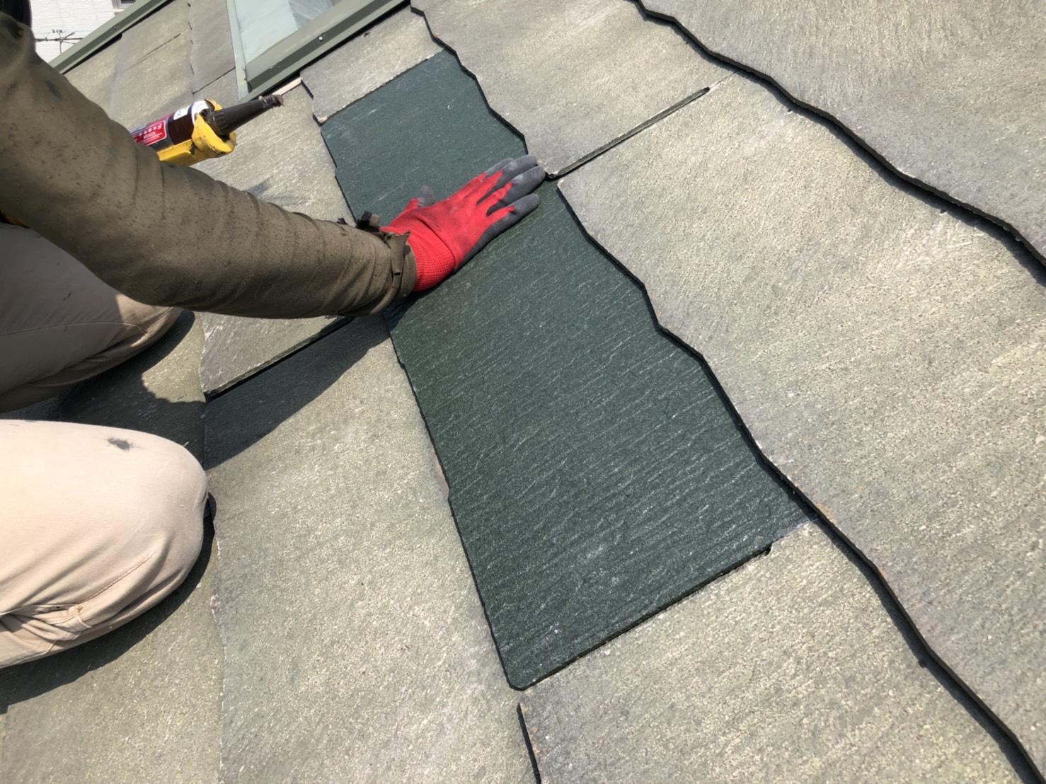 播磨町でひび割れたスレート屋根の差し替えが完了した様子