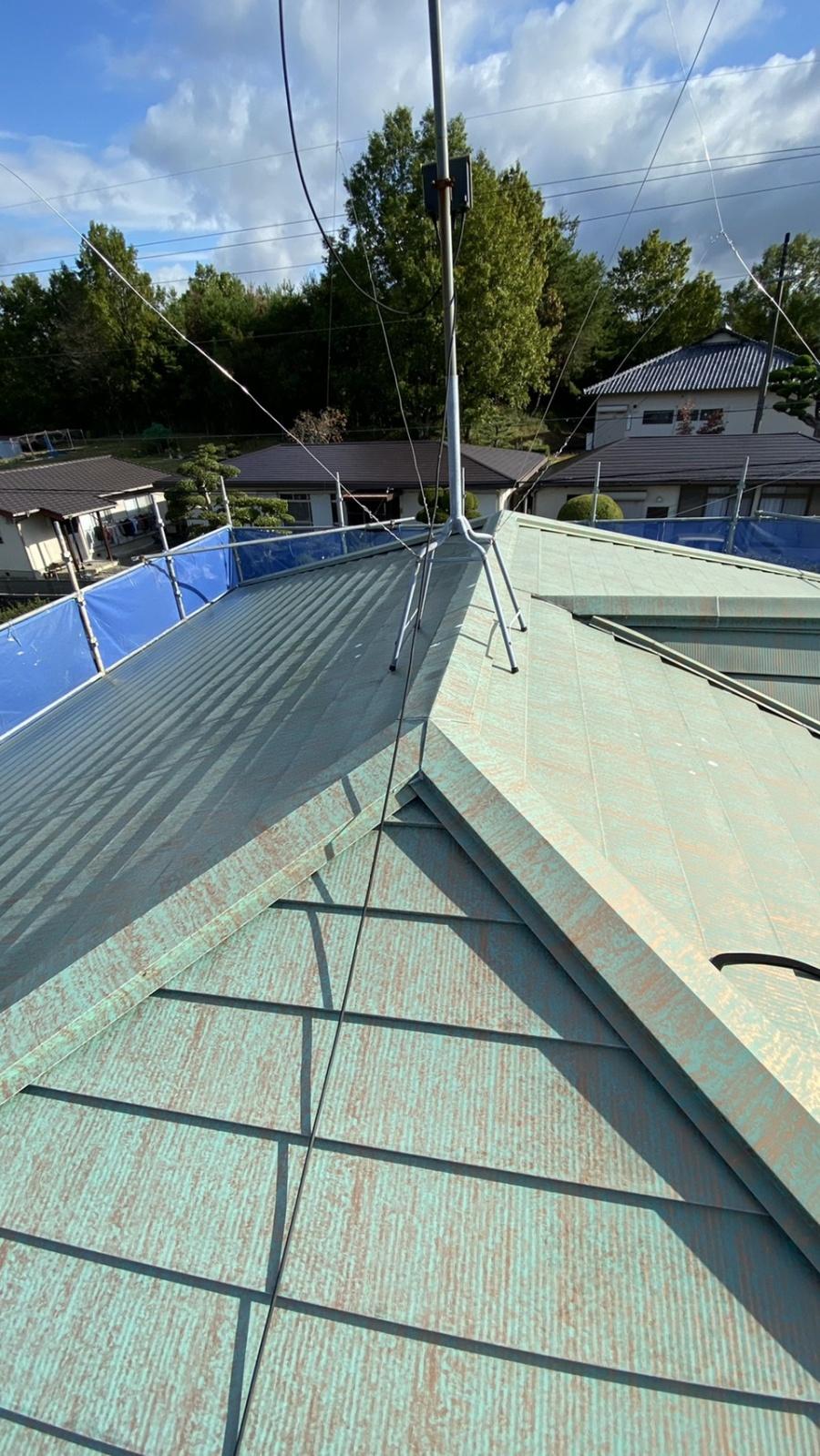 神戸市須磨区で屋根リフォーム!色あせした金属屋根を塗装しました
