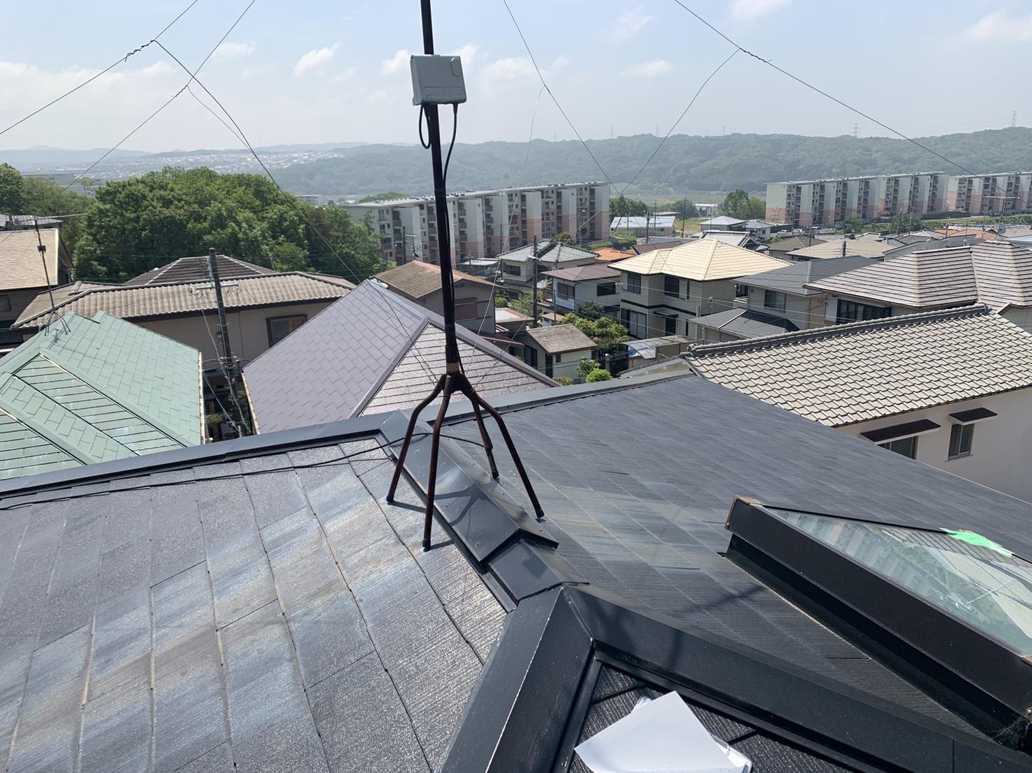 三木市で天窓からの雨漏りを応急処置した屋根の様子