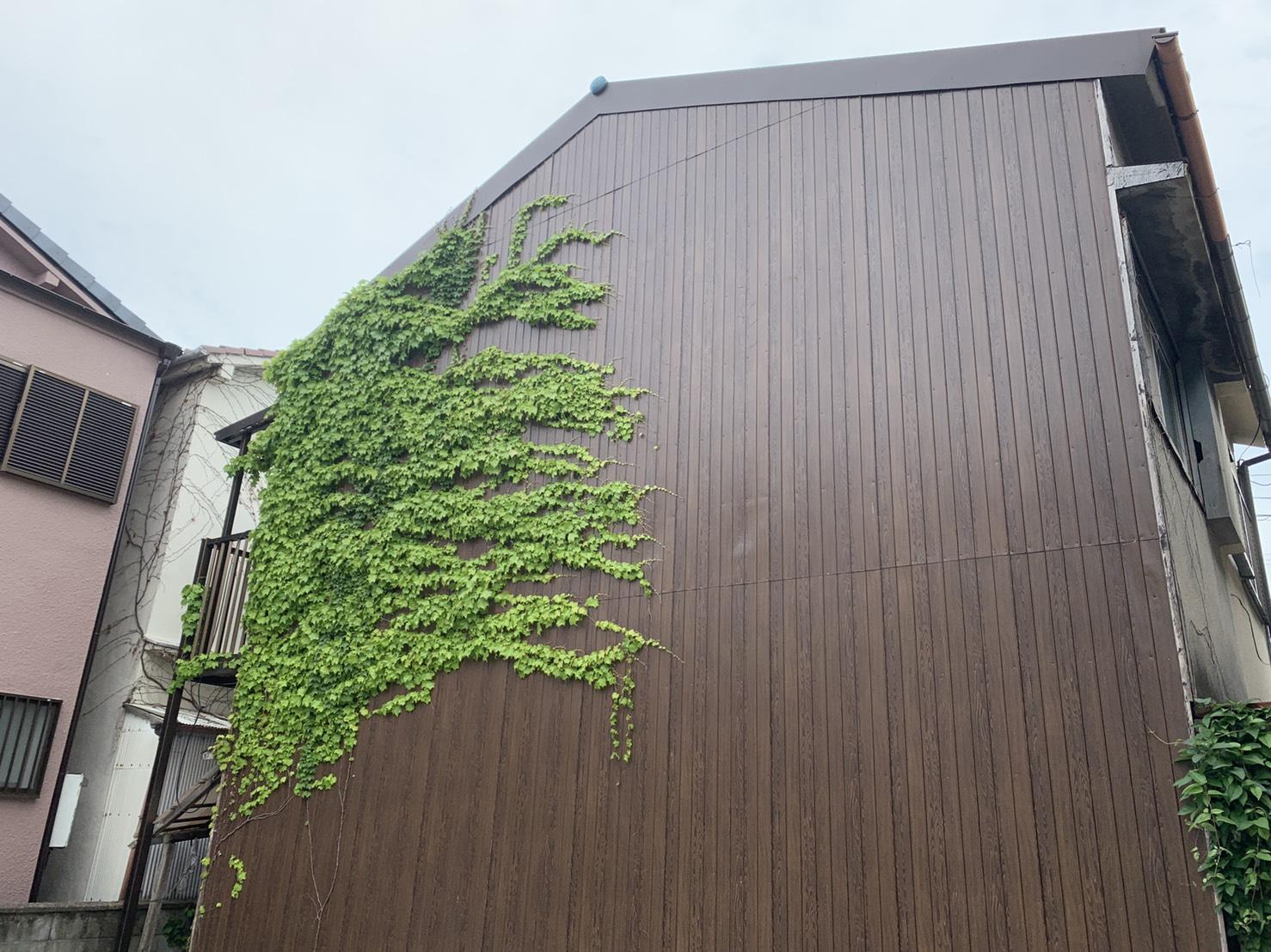 明石市での2階建て収益物件の裏面