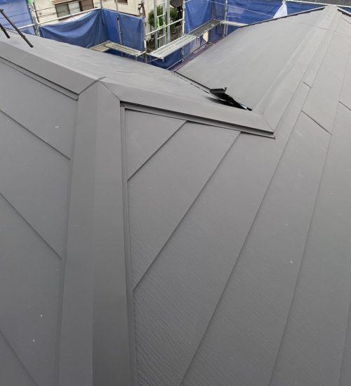 ガルテクトを葺いた屋根