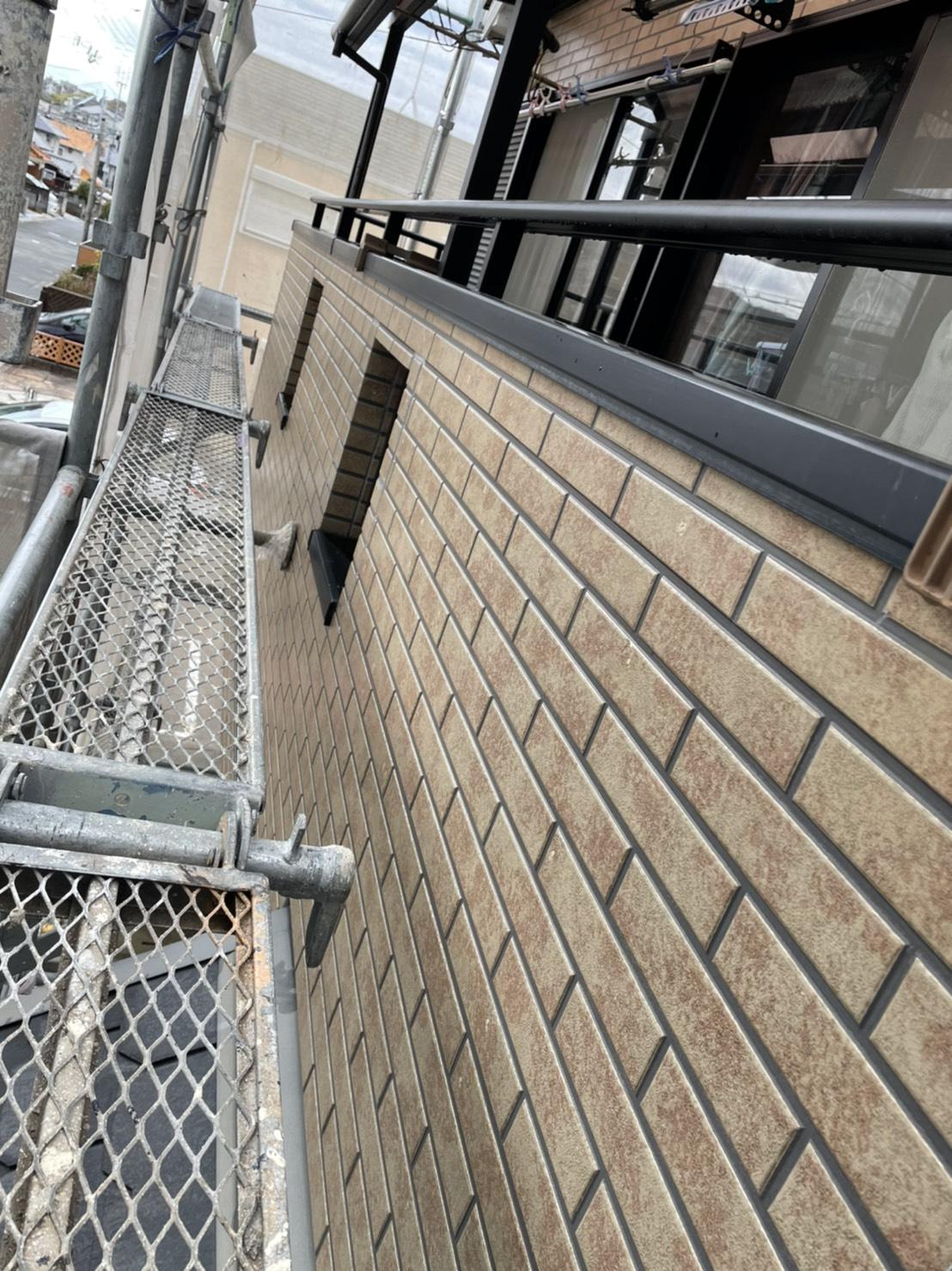 神戸市垂水区で行ったベランダの外壁に使用されていたサイディングの様子