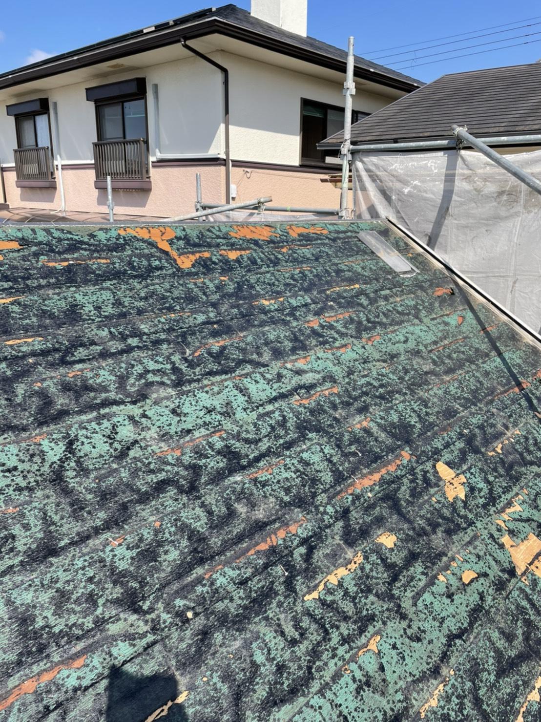 スレート屋根撤去後のアスファルトカラールーフィング
