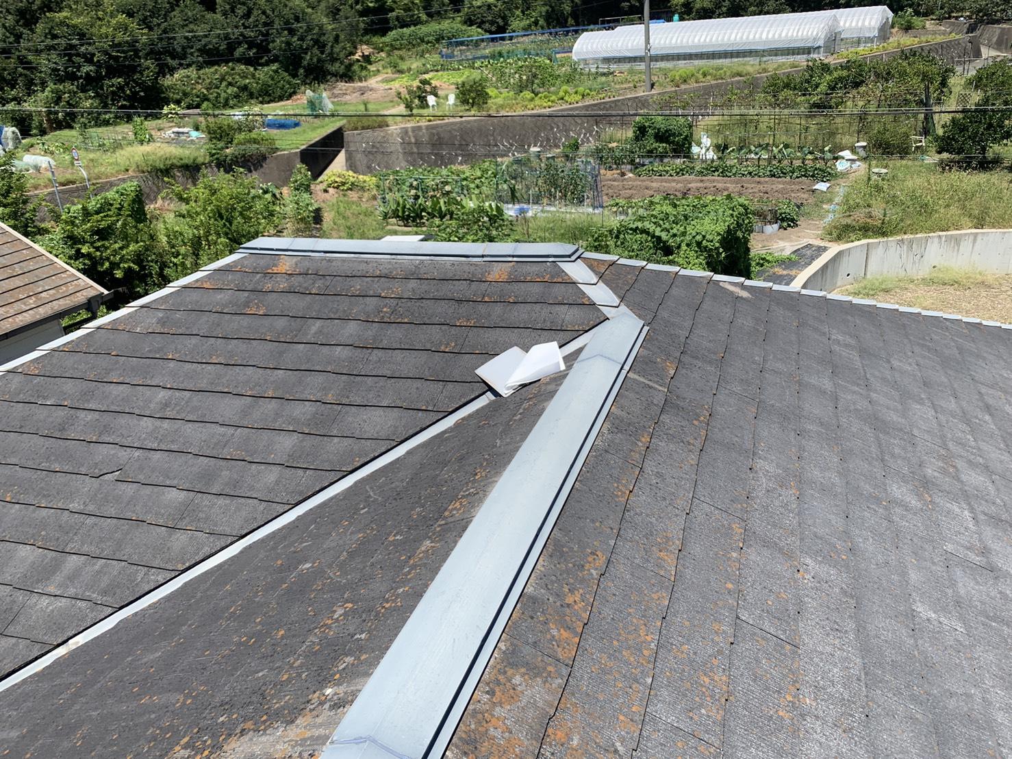 播磨町で台風により被害を受けたスレート屋根