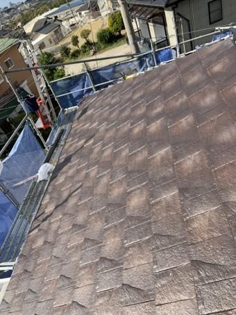 神戸市西区での屋根葺き替え工事で屋根葺きした様子
