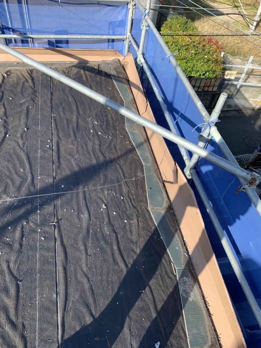 神戸市西区での屋根葺き替え工事でスレート屋根撤去後の様子