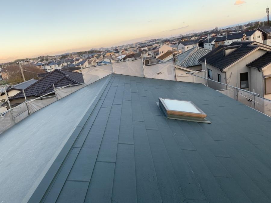 神戸市垂水区で金属屋根葺き!断熱効果と耐震性を高めます