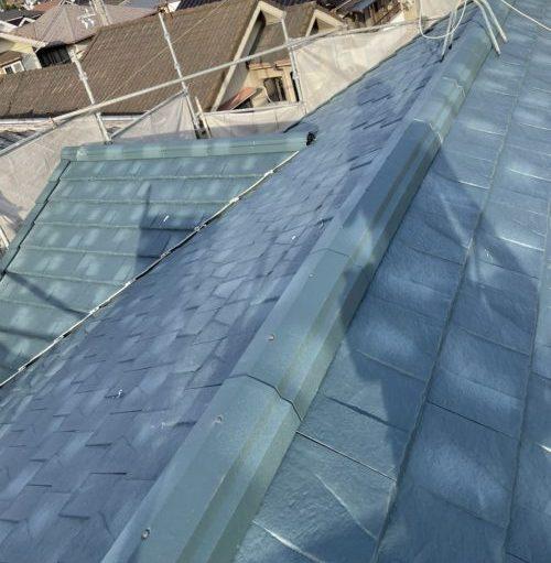 ルーガ鉄平を葺いた屋根
