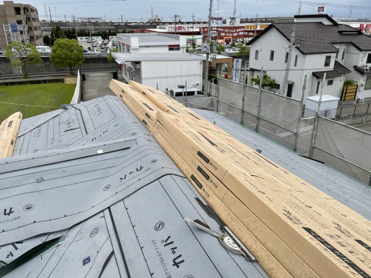 加古川市の屋根カバー工事で使用するIG工業スーパーガルテクト