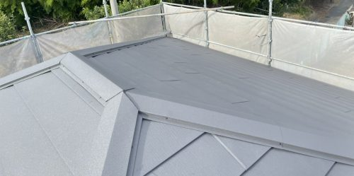 カバー工法した屋根