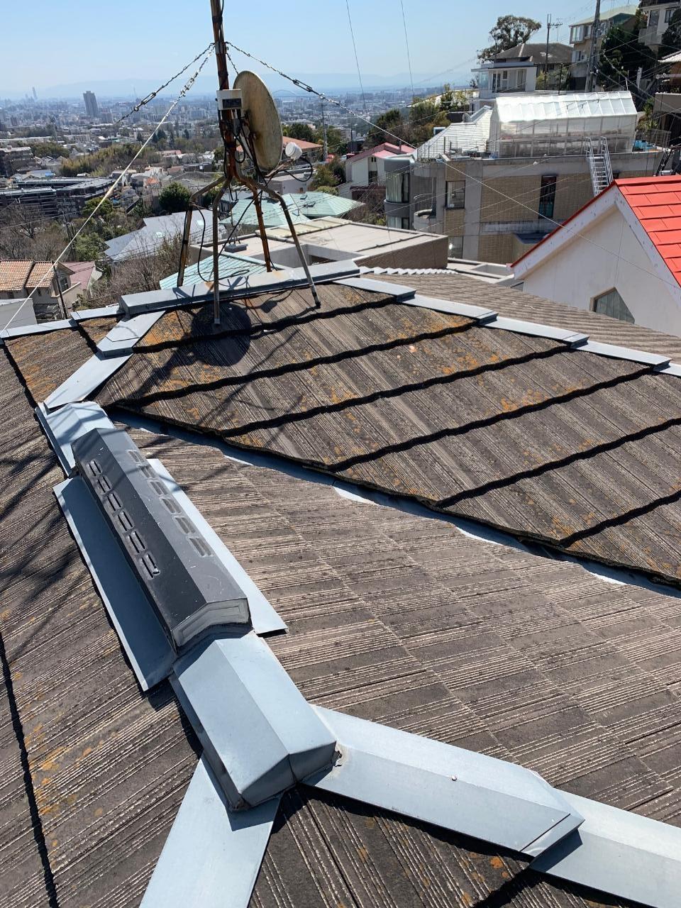 明石市で瓦屋根修理を行った既存の屋根の様子