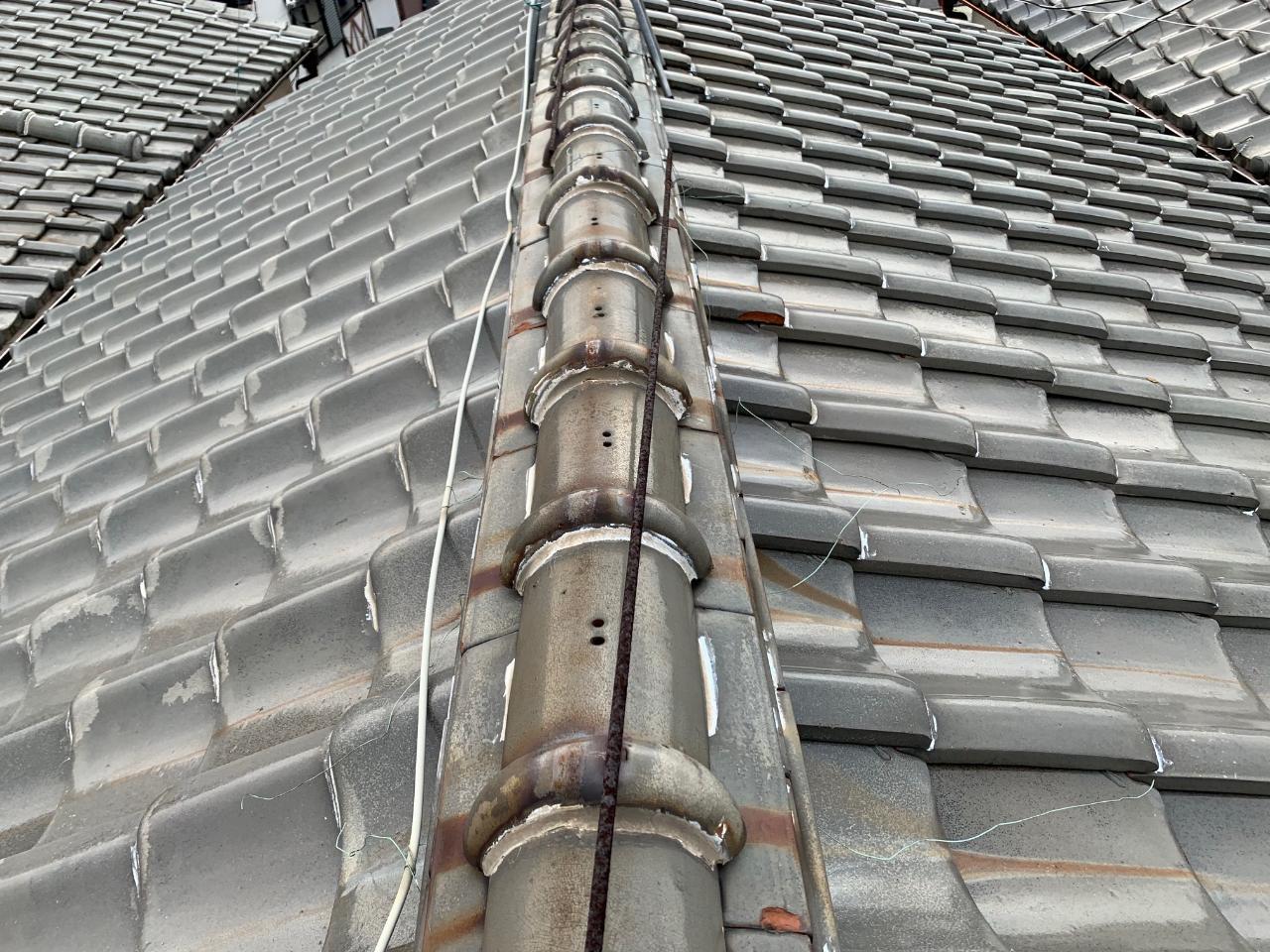 40年経過した瓦屋根の様子